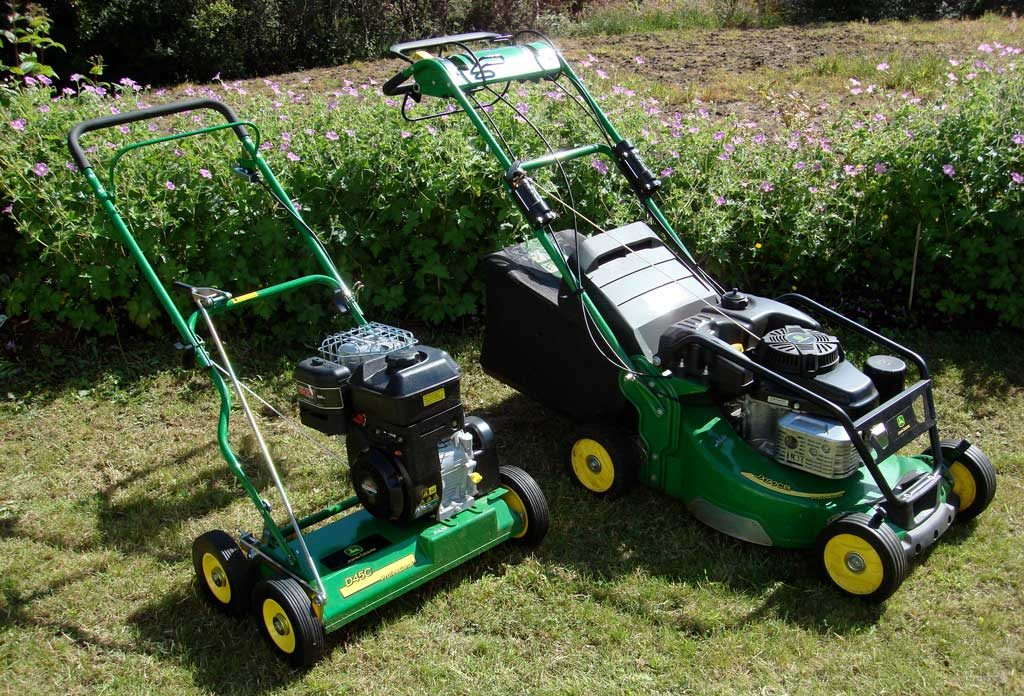 John Deere mower and scarifier